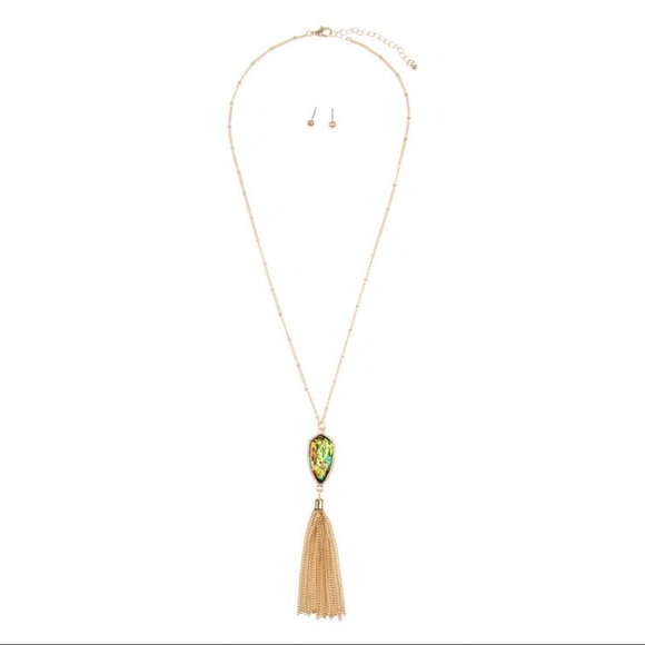Jewelry - Black opalescent chain tassel necklace/earrings